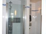 25 badkamer met ruime regen douche